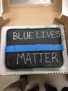 Walmart Workers Refuse To Make Cop S Retirement Cake Countz Lifestyle