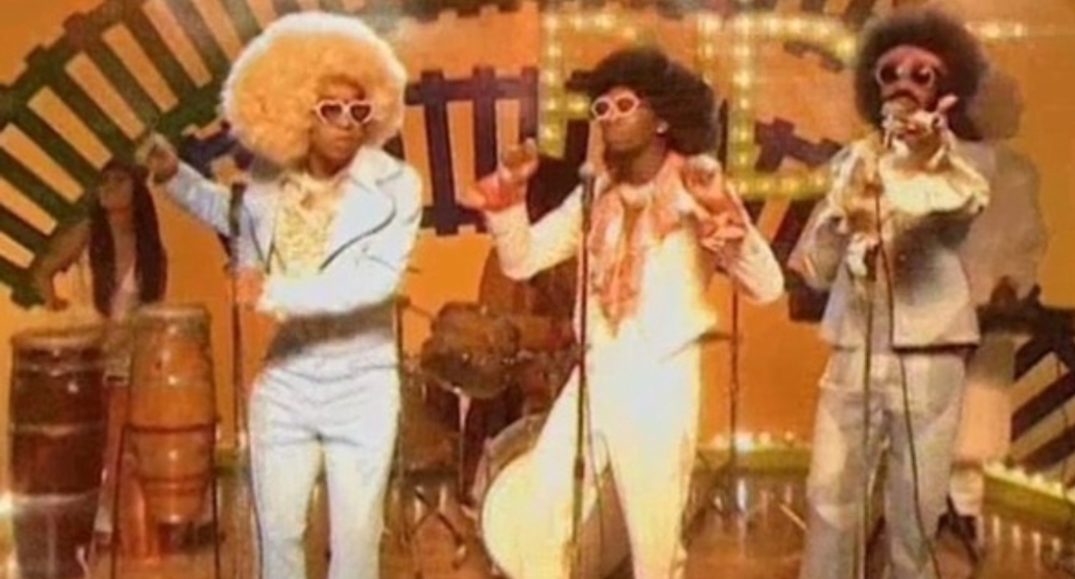 Watch: Migos & Drake Channel 'Soul Train' in 'Walk It Talk It' Music Video