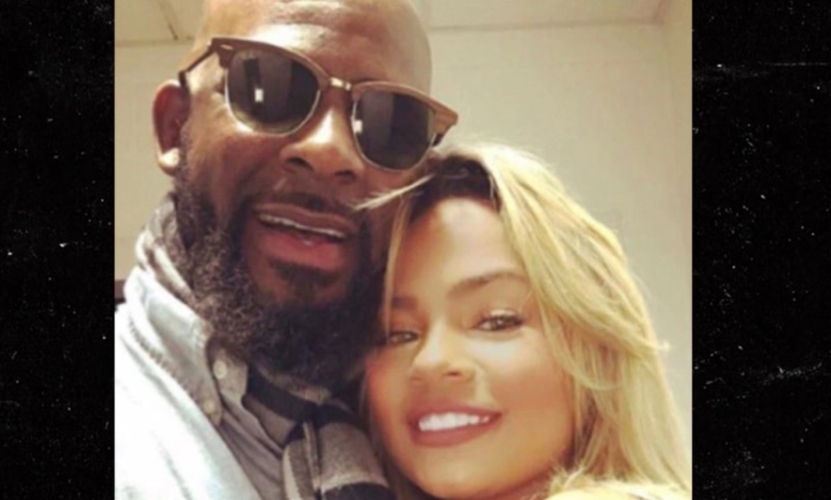 R. Kelly's Ex-Girlfriend, Halle Calhoun, Says She Was Physically Abused During Their Relationship